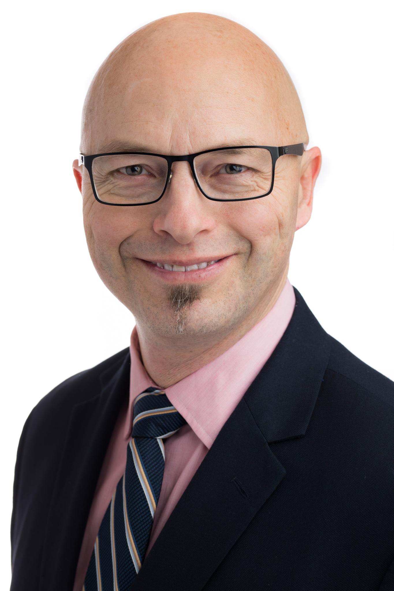 Dr Vincent Adams - CCA